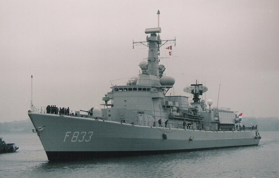 M-klasse fregatten (Karel Doorman M-class frigates) 210214