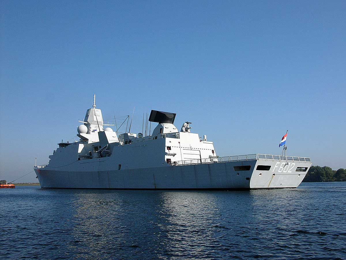 De Zeven Provinciën air defense and command class frigates 418994
