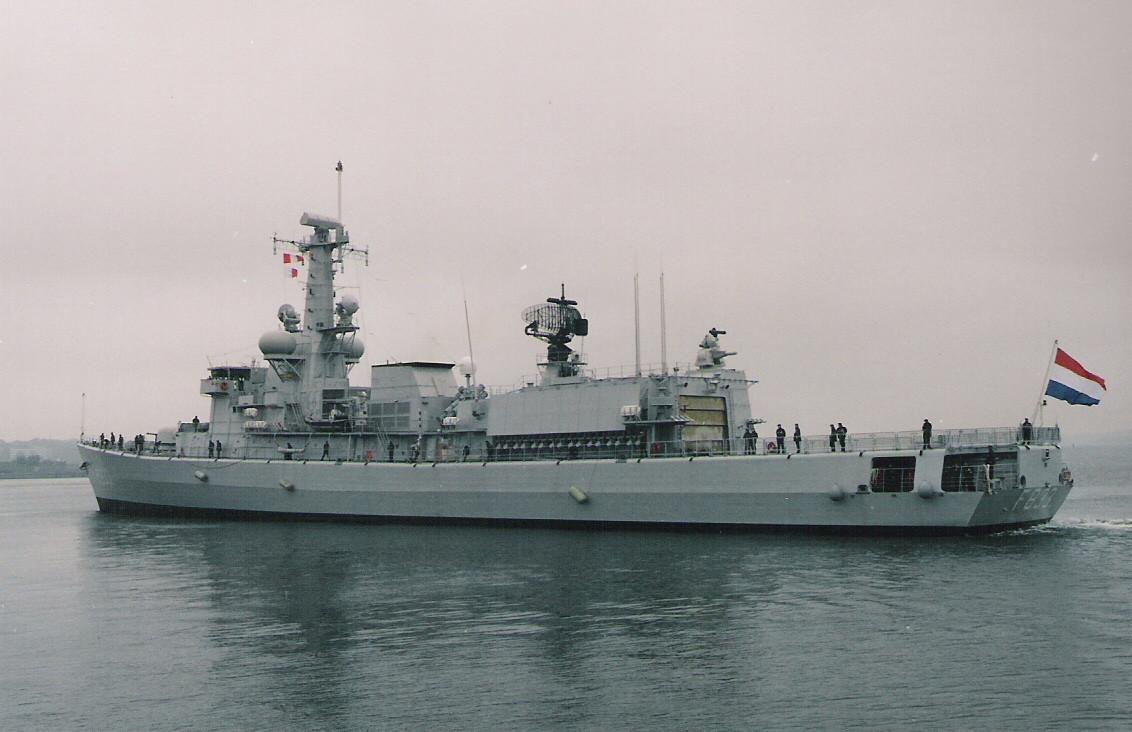 M-klasse fregatten (Karel Doorman M-class frigates) 210215