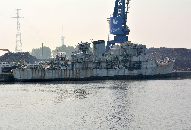 Gand, chantier de démolition naval international ? - Page 5 2469145