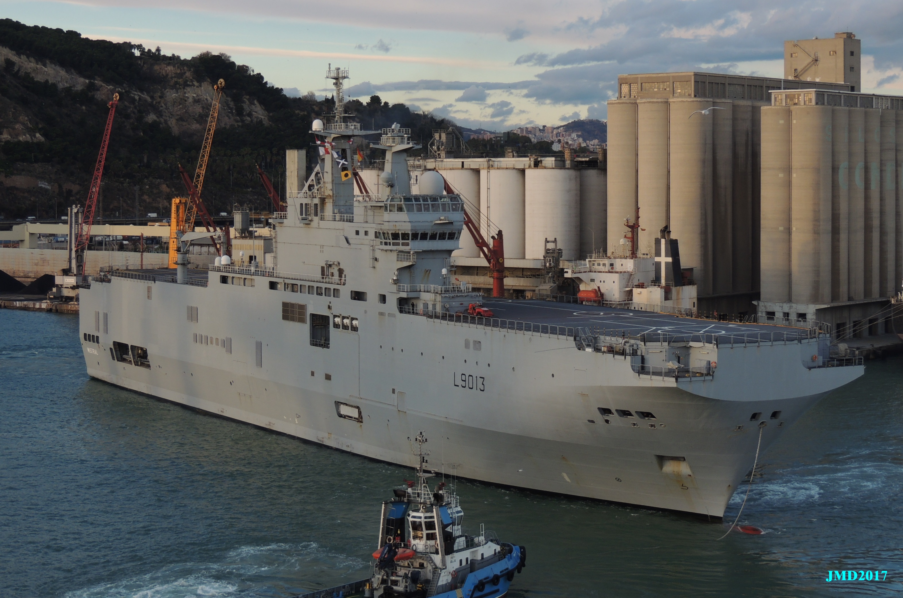 BPC Mistral, Tonnerre & Dixmude - Page 4 2786836