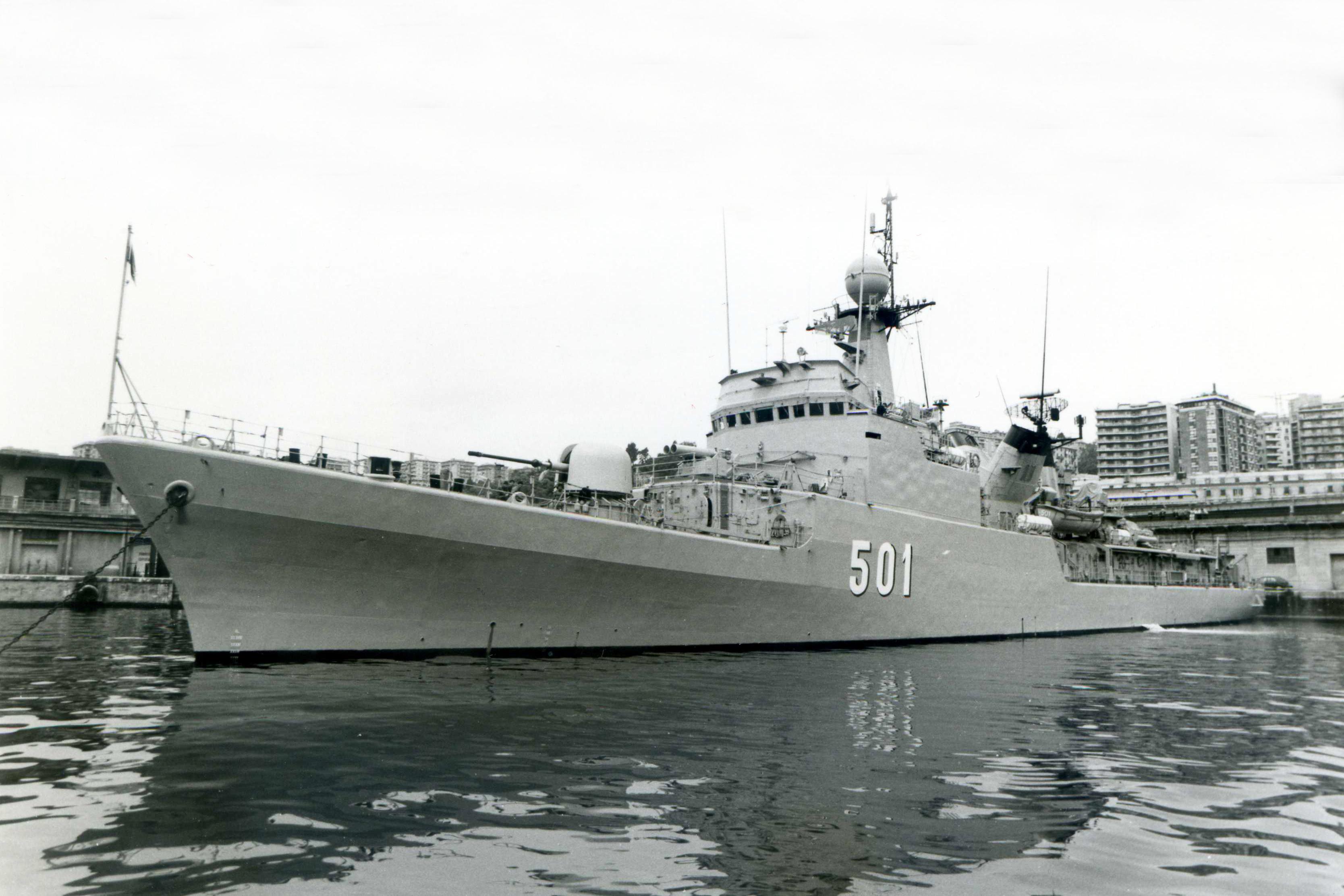 Royal Moroccan Navy Descubierta Frigate / Patrouilleur Océanique Lt Cl Errahmani - Bâtiment École - Page 4 3260086