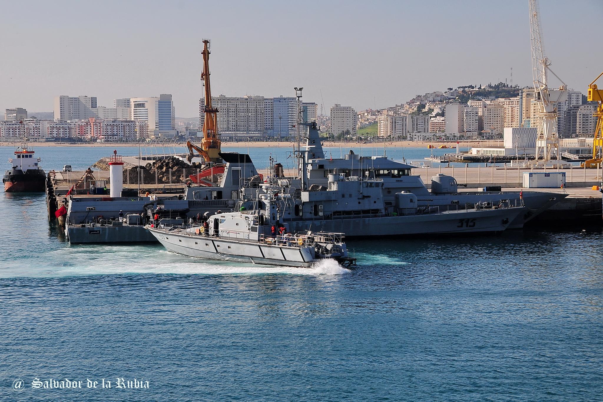 Royal Moroccan Navy Patrol Boats / Patrouilleurs de la Marine Marocaine - Page 12 2697157