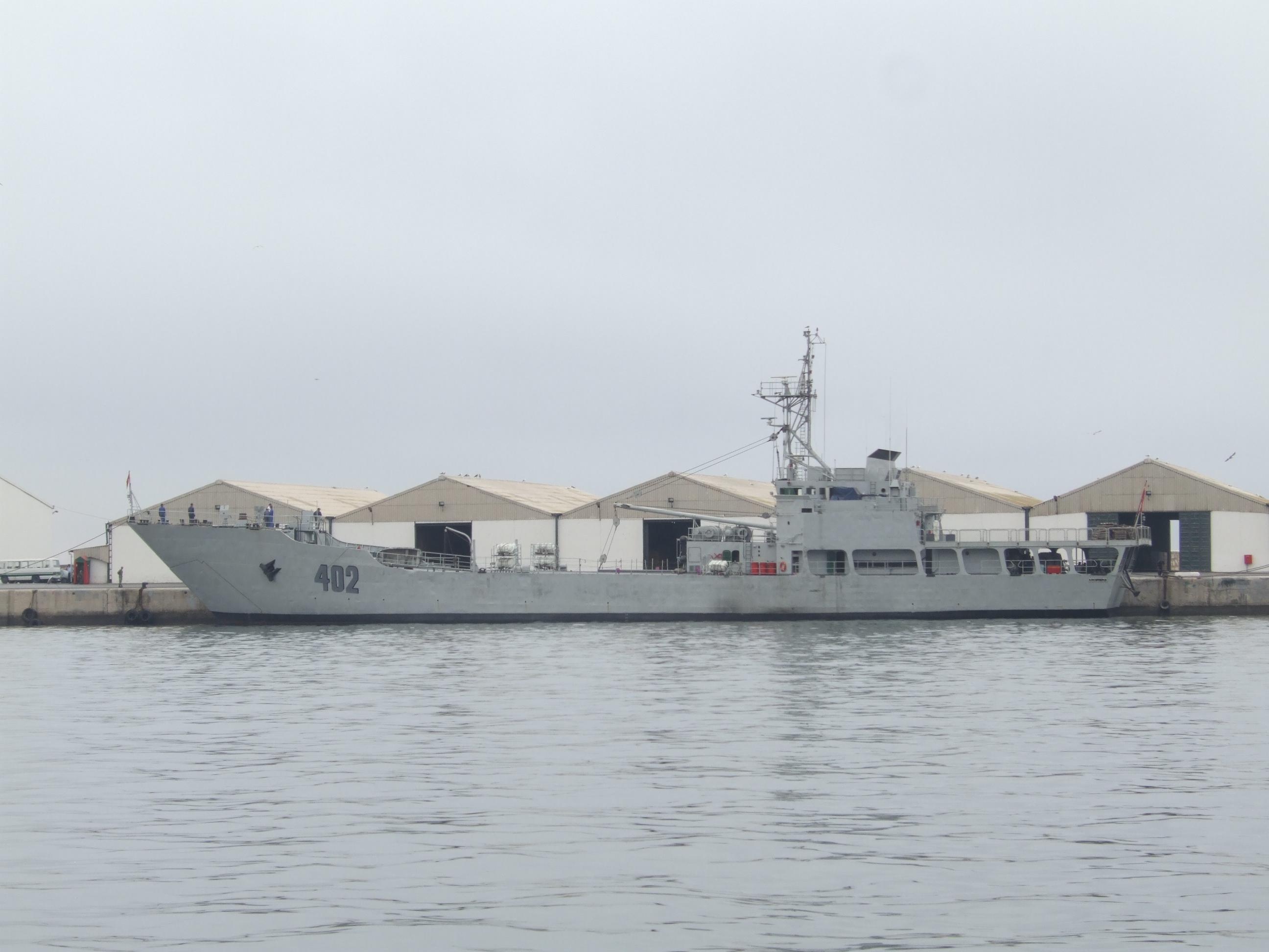 Royal Moroccan Navy Batral LST Class / Batral marocains classe Daoud Ben Aïcha - Page 4 2423858