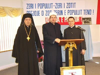 Djepat shqiptar dhe ritet tjera dhe foto historike - Faqe 6 Tre_drejtues_fetar