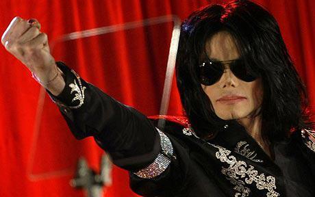 Joe Jackson vuole creare prodotti utilizzando l'effigie di MJ - Pagina 4 Michael_jackson_1364225c