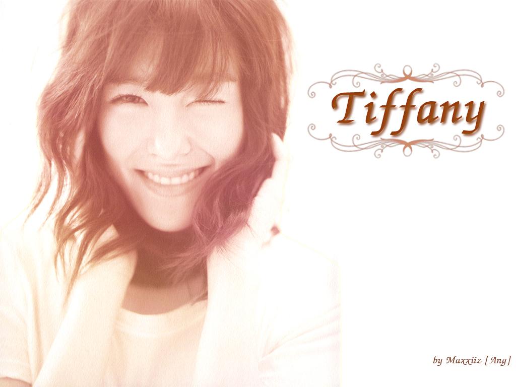 [PICS] Tiffany Wallpaper Collection     027032