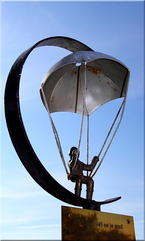 Avijatičarski spomenici  Img0714