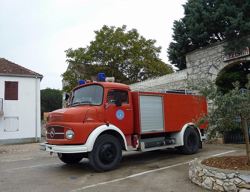 Vatrogasni kamioni Vatro1