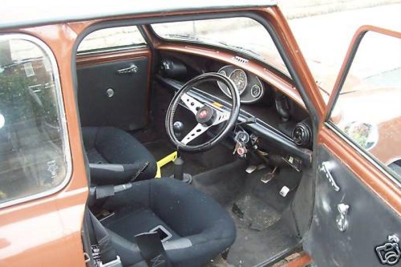 Austin Mini 1000 ˝Browny˝ Notranjost-uk