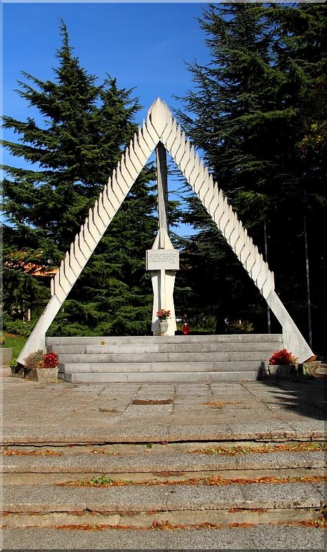 Avijatičarski spomenici  Img0732