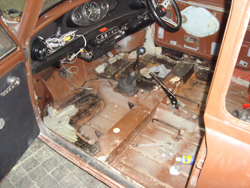 Austin Mini 1000 ˝Browny˝ Dsc01953