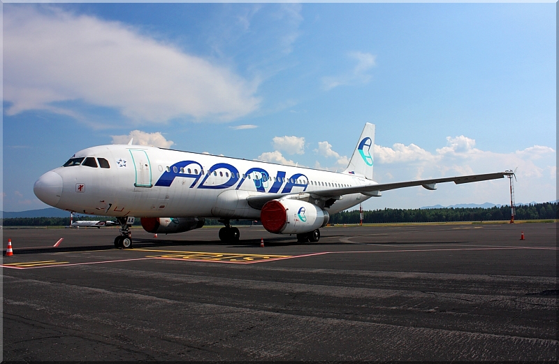 Adria Airways Slovenija - Page 2 Img9388
