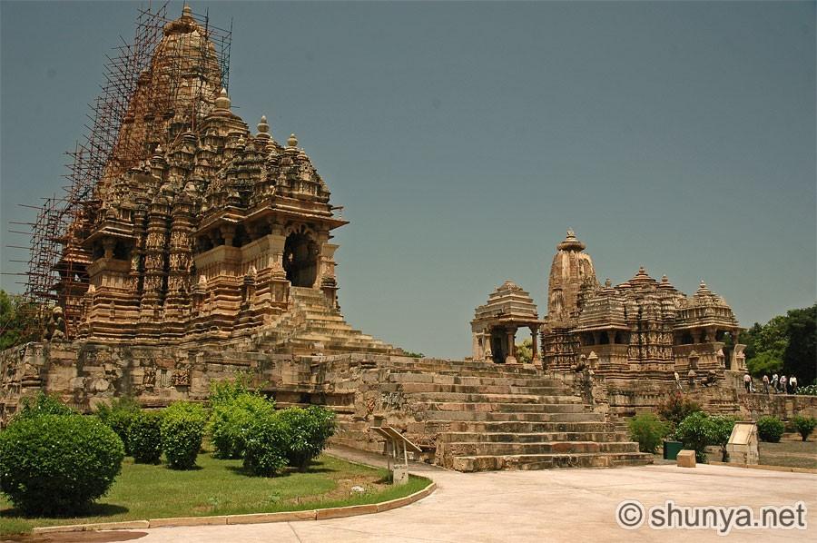 Индиjско ваjарство KandariyaMahadev01