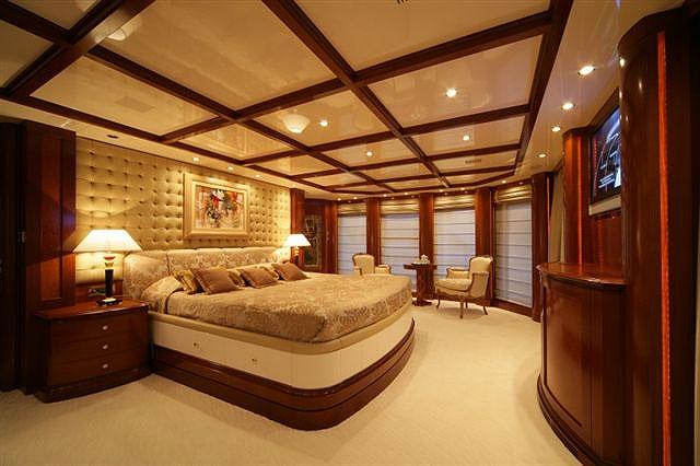 Zona residencial - Página 2 Yate_oceanos_habitacion_propietario