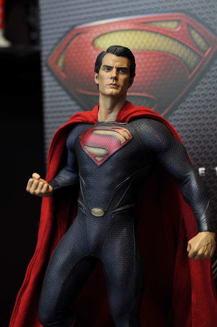 MAN OF STEEL SUPERMAN PREMIUM FORMAT FIGURE - Page 3 DSC_0003