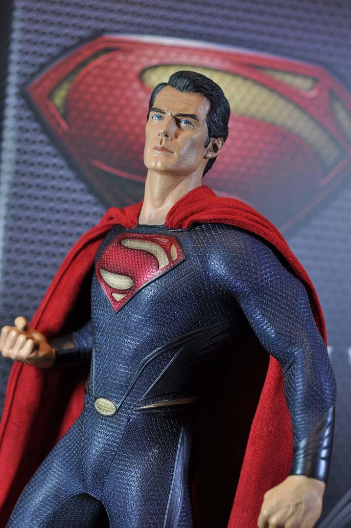 MAN OF STEEL SUPERMAN PREMIUM FORMAT FIGURE - Page 3 DSC_0030