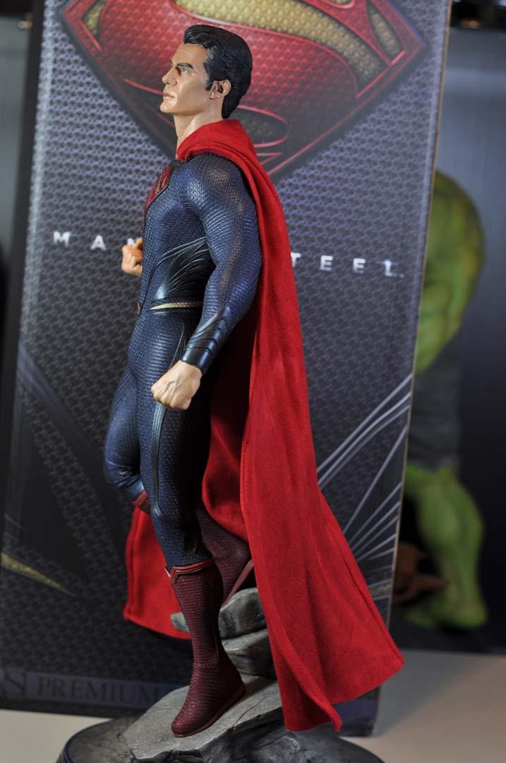 MAN OF STEEL SUPERMAN PREMIUM FORMAT FIGURE - Page 3 DSC_0035