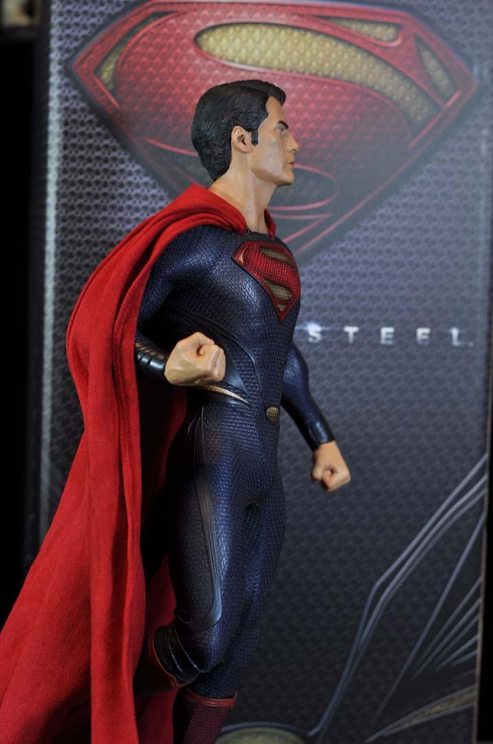 MAN OF STEEL SUPERMAN PREMIUM FORMAT FIGURE - Page 3 DSC_0037