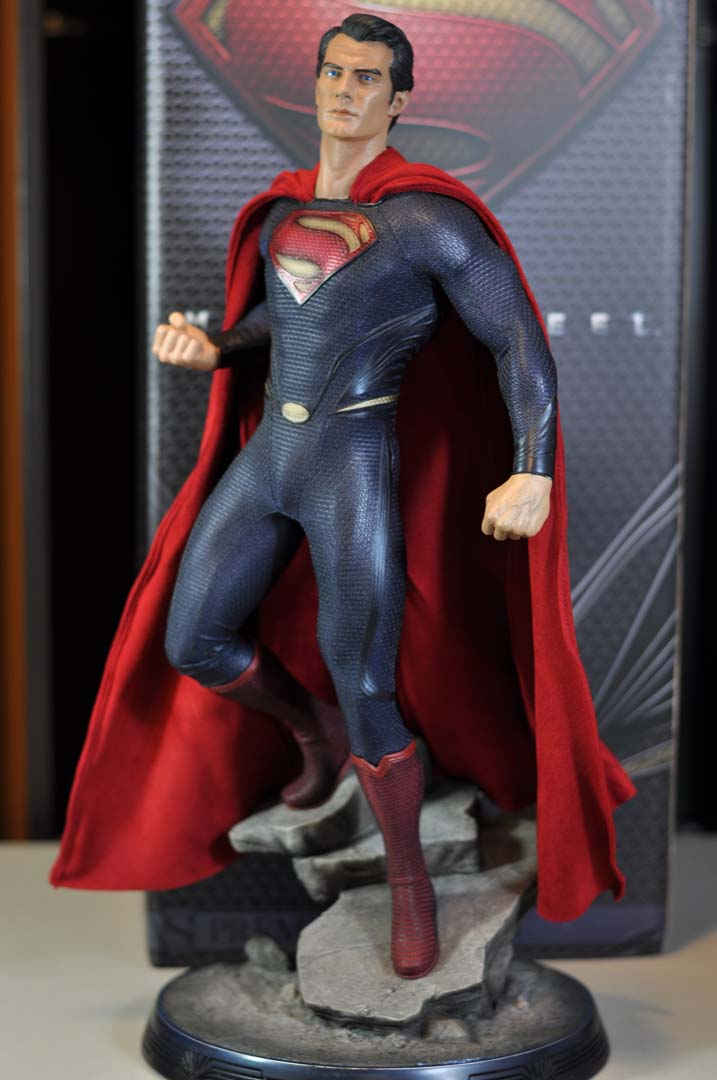 MAN OF STEEL SUPERMAN PREMIUM FORMAT FIGURE - Page 3 DSC_0042