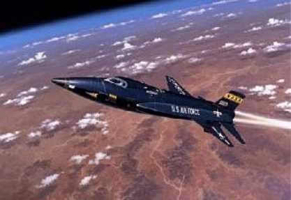 اسرع طائرات العالم x-15 X-15_art2