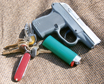 Desert eagle, Différence entre IMI et MR P32_with_keys_350