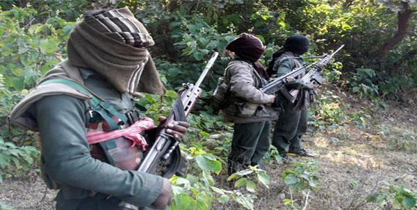 India Movimiento Naxalita - Página 13 0990_maoists3