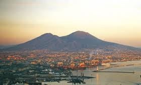 Napoli trema. Imminente un'esplosione del Vesuvio?  Vesuvio