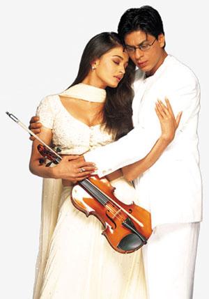 الحب هو............ Guft-SRK-Ash-Mohabbatein