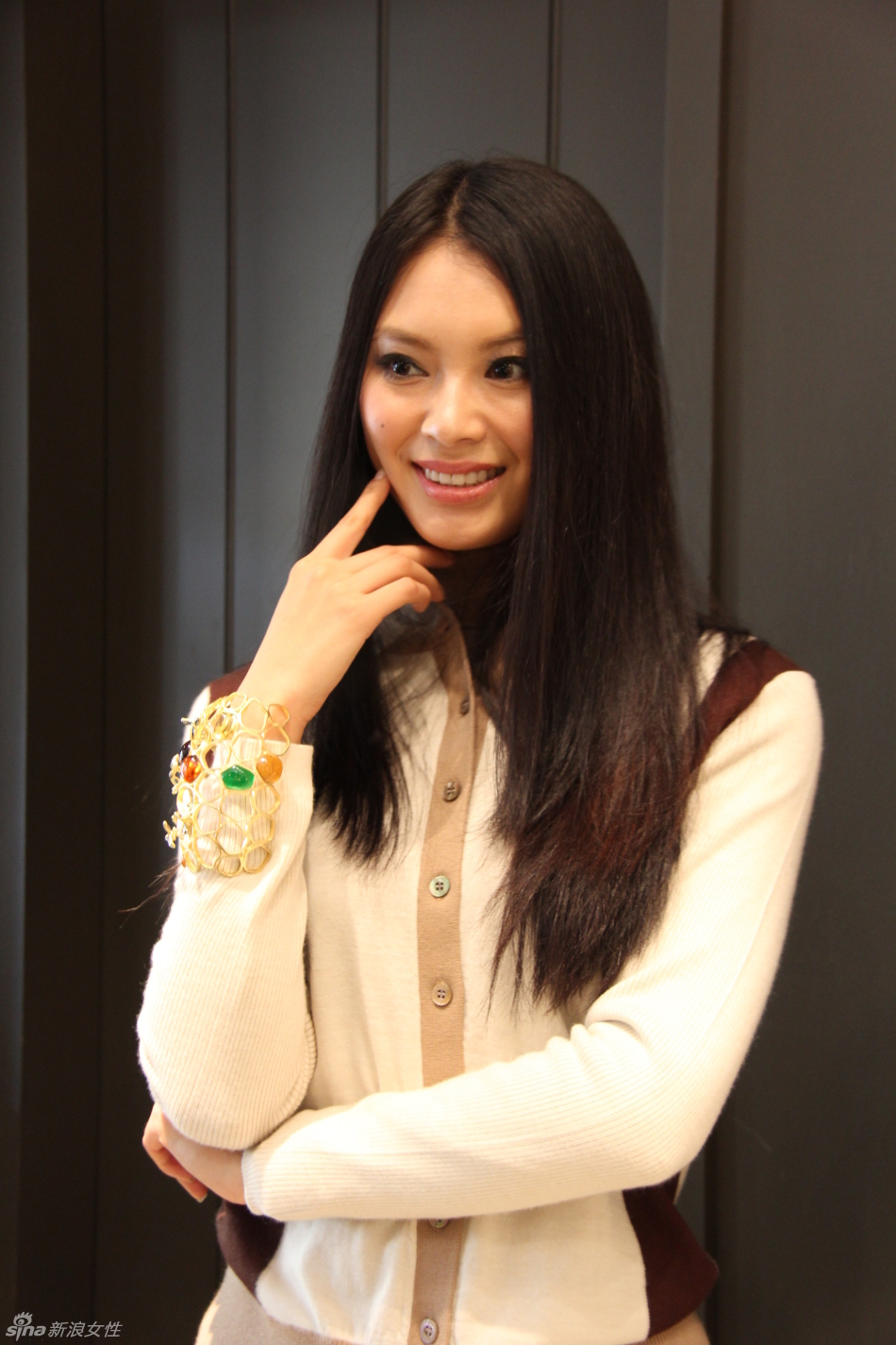 Official Thread Miss World 2012- Yu Wenxia- People's Republic of China - Page 4 35399_200243_599381