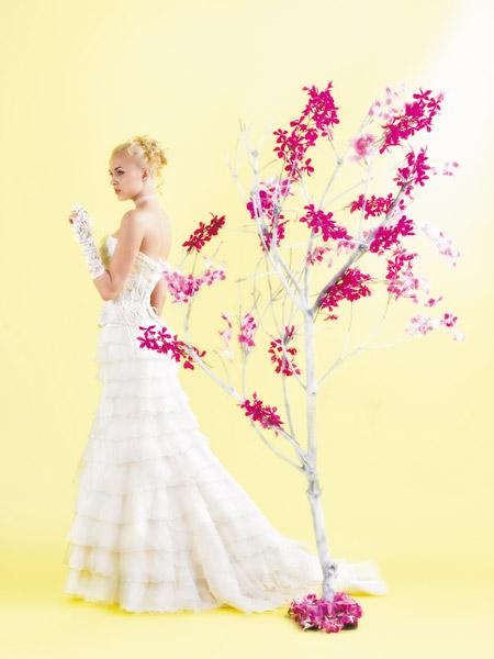 فساتين الزفاف بالالوان ولا اروع 16_0