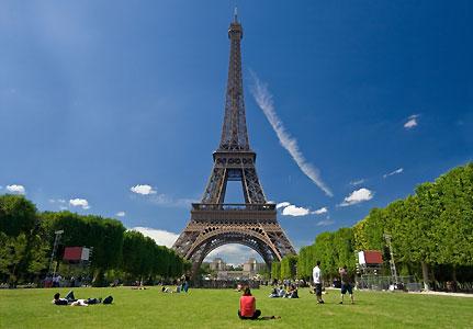 Francuska  Eiffel-tower-431x300