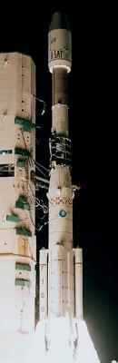 Ariane 4 Ariane-44p_h10-3__v-109_nilesat-101_bsat-1b