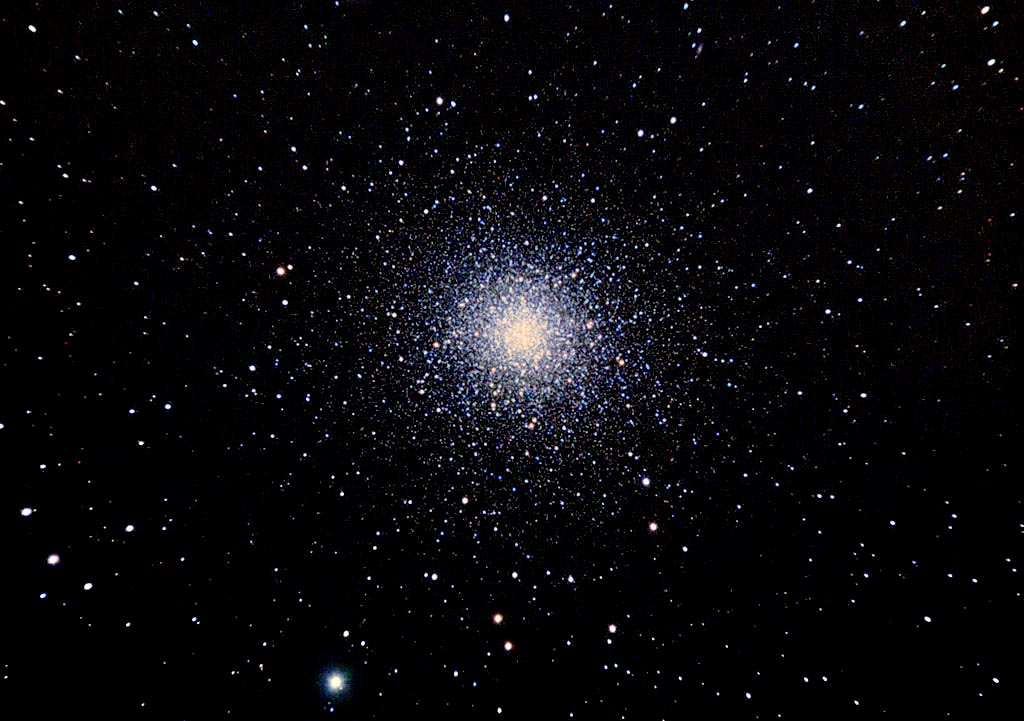 M13: Le grand Amas d'Hercules M13_3May2008_Autoguided