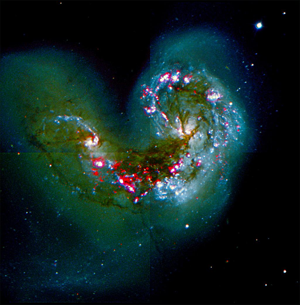 Premier traitement avec des images tirées de l'ESO Antennea