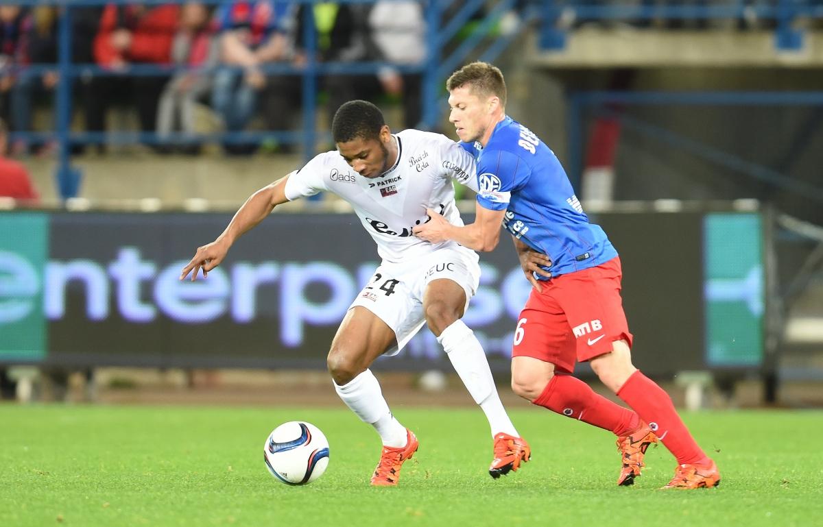 [13e journée de L1] SM Caen 2-1 EA Guingamp - Page 2 Delaplace_coco