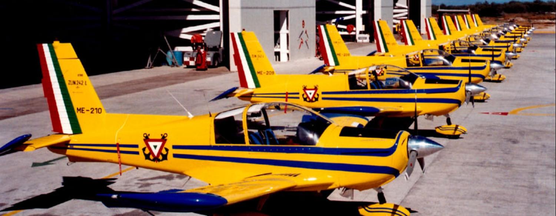Adquisición de 10 nuevos aviones Zlin 242L para Adiestramiento Basico SEMAR - Página 8 12