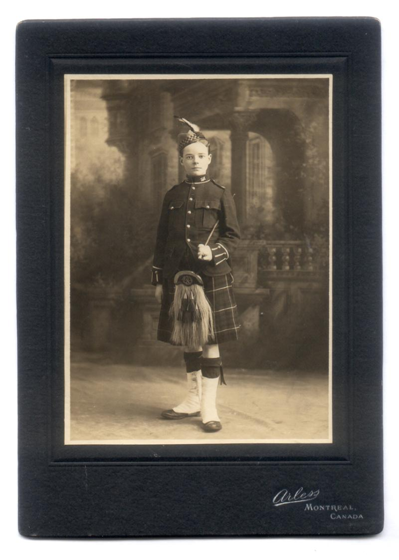 Uniform of the Montreal Highland Cadets (1908) GWBerridge-800x1122