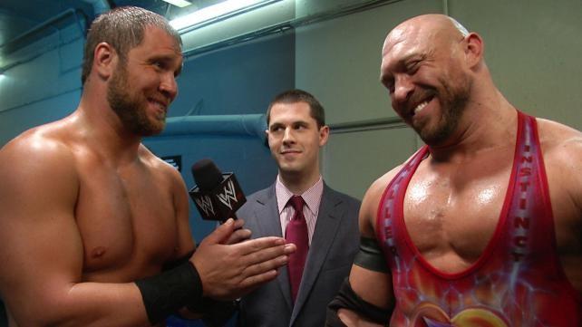 Adios a Rybaxel - WWE niega a Sonnen - Problemas en la gira - Sheamus, actor - Scott Hall querría volver RESEM41849pback_exclu_rybaxel_05