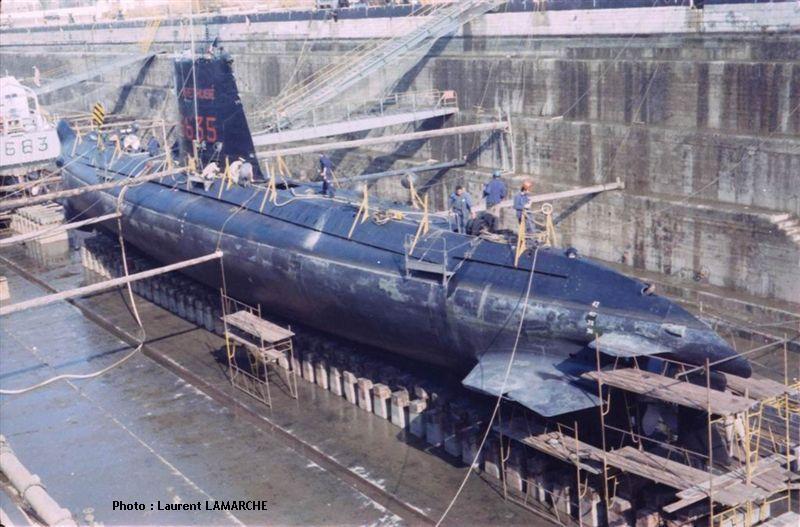 Sous-marin 800 tonnes 1/400 Heller _8_ArethuseOct1972