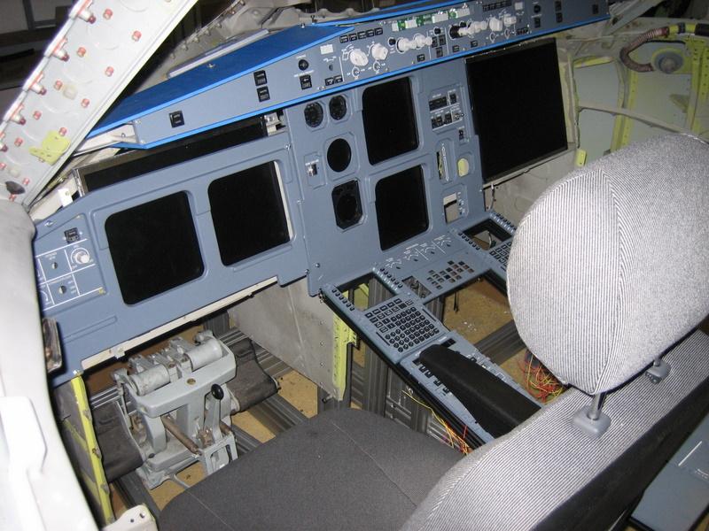 Vends Cabine simulateur A320 IMG_0117_1