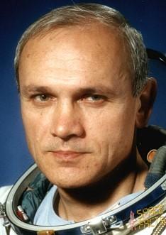 Vladimir Djanibekov Dzhanibe