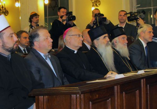Pravoslavlje i ekumenizam - Page 12 Hanuka1