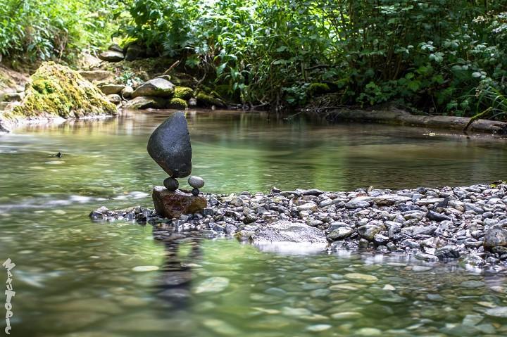 Stone Balance, les pierres en équilibre du français Manu Topic Manu-topic-stone-balance-1