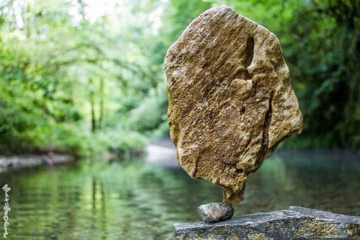 Stone Balance, les pierres en équilibre du français Manu Topic Manu-topic-stone-balance-2