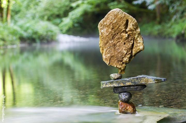 Stone Balance, les pierres en équilibre du français Manu Topic Manu-topic-stone-balance-3