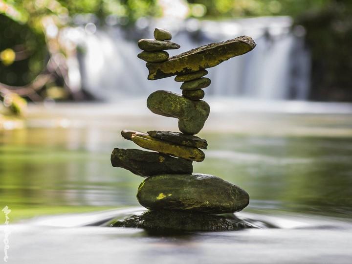 Stone Balance, les pierres en équilibre du français Manu Topic Manu-topic-stone-balance-4