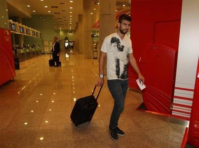 صور توجه اللاعبين نحو مدريد 1312791401609