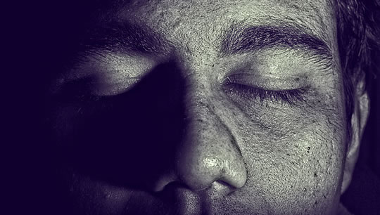Life After Death? This is What People Experience As The Brain Shuts Down Eyes_shut