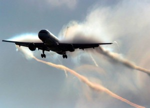 Stunning Compilation of Chemtrail Plane Photos Chemtrail-plane-vapours-300x217